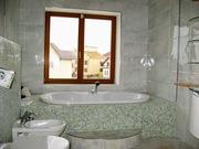 Укладка плитки на пол в ванну/туалет.Минск.Минская область.